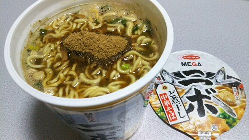 『MEGAニボ ど煮干し中華そば』